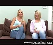 Casting avec deux filles russes