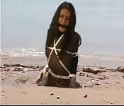 Coincé dans le sable mouvant