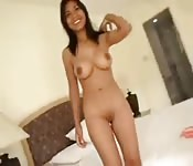 Adolescente asiática espetacular