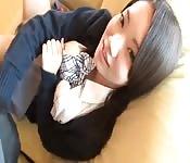 Süßes japanisches Schulmädchen