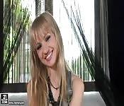 Sasha Rose przeruchana przez dwa fiuty