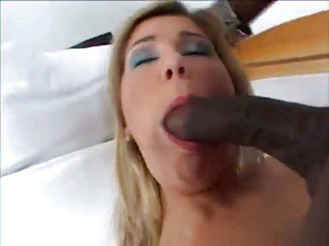 une grosse bite dans la bouche grosse bite pendante