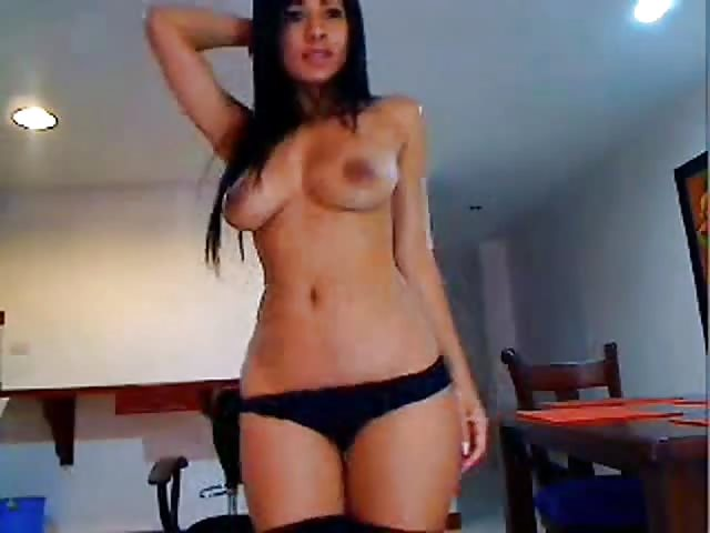 busty latina webcam