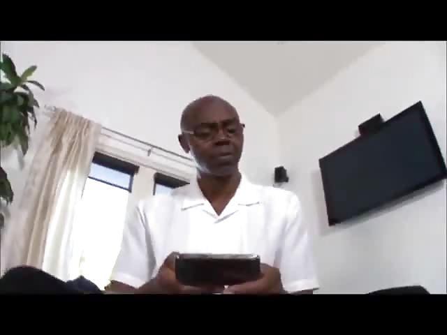 dottore si scopa la paziente sesso con bionda