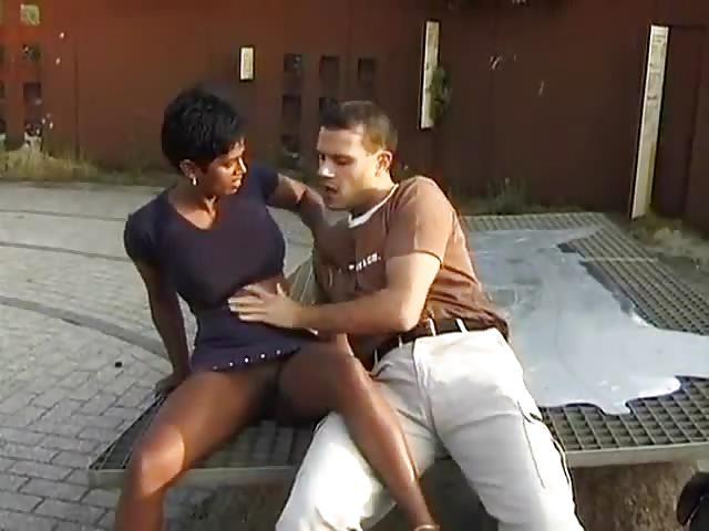 Arabische Mädchen - Kostenlose Porno von -