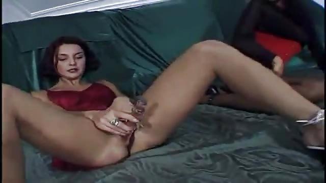 zwei schw Porno-videos, blowjob von älteren frauen