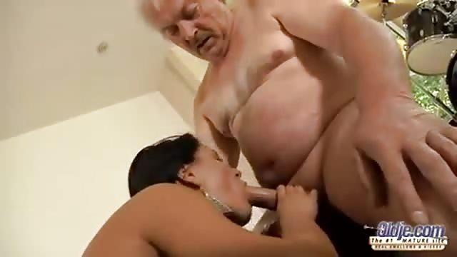 siti di incontri sesso gratis scopa il nonno
