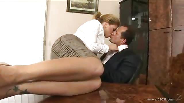 grindr google play video di provini porno italiani