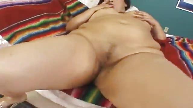 Un pintor se folla a tres chicas sexy - SEX TUBE - Pornes