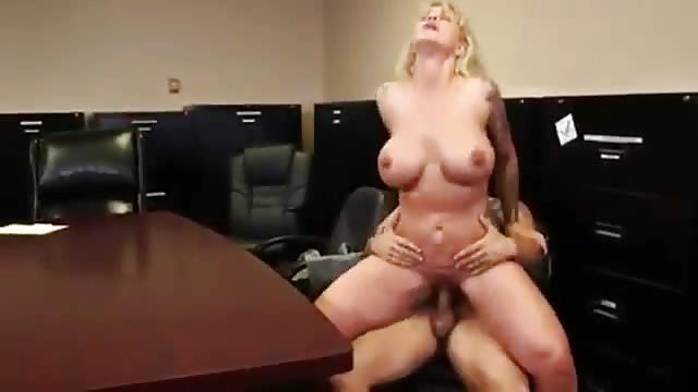 Harter Sex mit Objekten