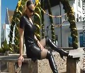 Sesso in pubblico con una bionda sexy