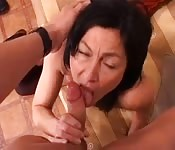 Italian mature amateur gets screwed at home