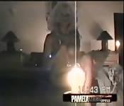 Pamela Anderson e sua clássica fita de sexo caseiro