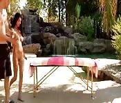 Massaggio e cazzo per Megan Salinas