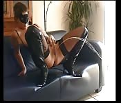 mature dutch lady squirt on the couch