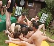 Orgie im Garten