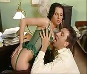 Sexo salvaje en la oficina