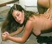 Latina Schlampe bekommt ihren Arsch gedrillt