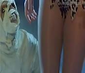 Zombies viciosos echan polvo de muerte