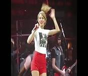 Masturbe-se para a Taylor Swift