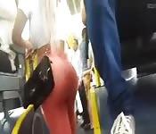 Loirona Bunduda No Ônibus