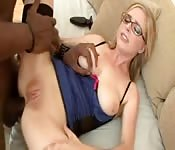 Penny Pax et son anus flexible