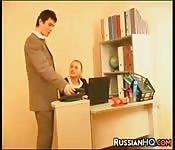 Il capo scopa la segretaria