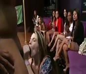 Orgie dans une fête de bachelorette
