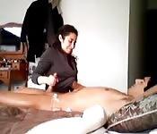 massage clit handjob