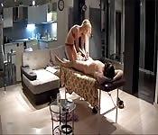 El masaje en sesión BDSM
