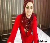 Gorąca muzułmanka w kamerce