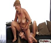 Mature Russian lesbians had fun with her teen lover