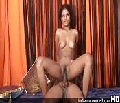 Seks z cycatą amatorką z Indii