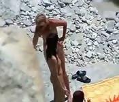 Swingers aproveitando na praia