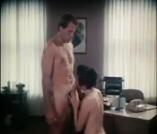 Sexo en la oficina vintage