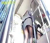 Voyeur OL on the bus groped