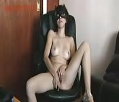 Sexmex Teens presenta a una chica masturbándose