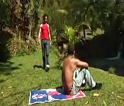 Cachas jóvenes al aire libre