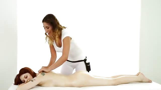 Sensuale massaggio porno