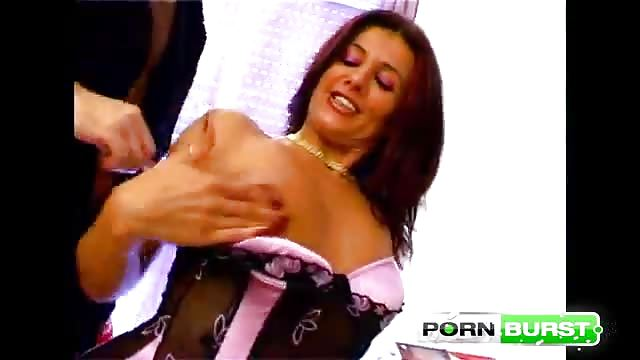 Spaanse MILF Porn Videos