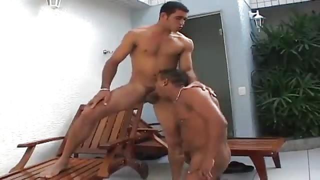 Cazzo succhiare video gay