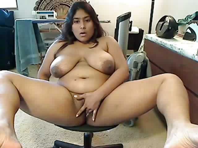 Plump Indian Whore Playing With Her Hairy Pussy - Pornjamcom-7840