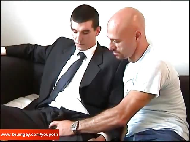 Dude Sucking Some Cock At The Office