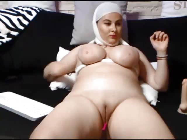 Big Boobs Arab Shows Us - Pornjamcom-1441