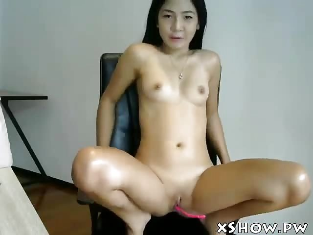 Fingering her own pussy videos
