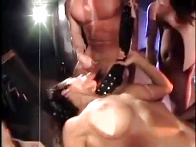 Intensiver Gangbang Pornofilme