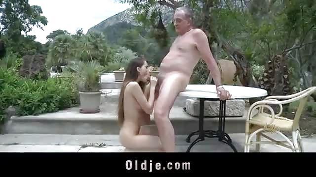 Neuken met een mooi pervers meisje