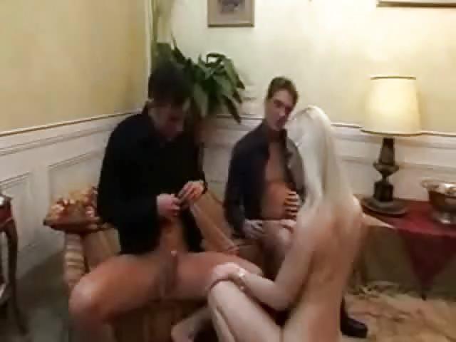 Life like naked sex doll