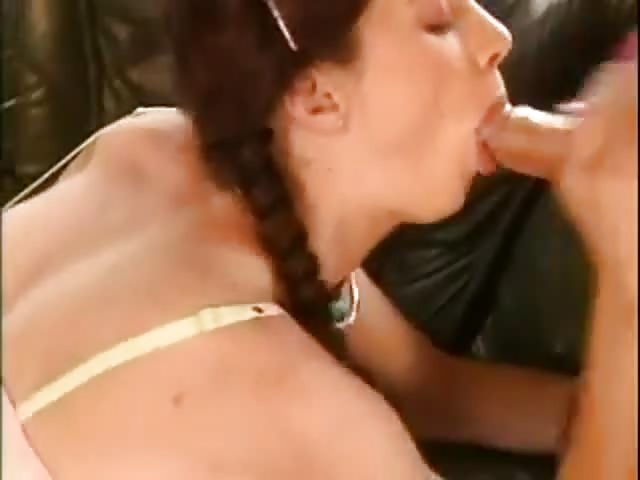 She Keep Sucking After Cum