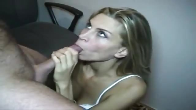 beautiful blonde sucks dick